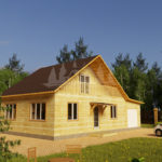 Проект одноэтажного дома с гаражом из бруса 8х10 (БР-80-2) Фасад 1