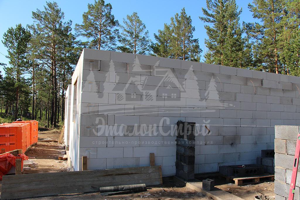 Построенный дом из газобетона 110 м2