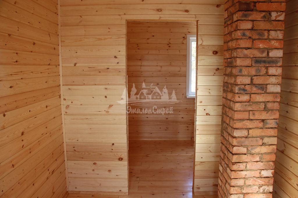 Вид с коридора на спальню