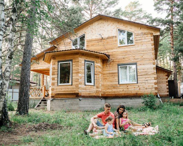 Отзыв семьи Зубович о строительстве дома из бруса.